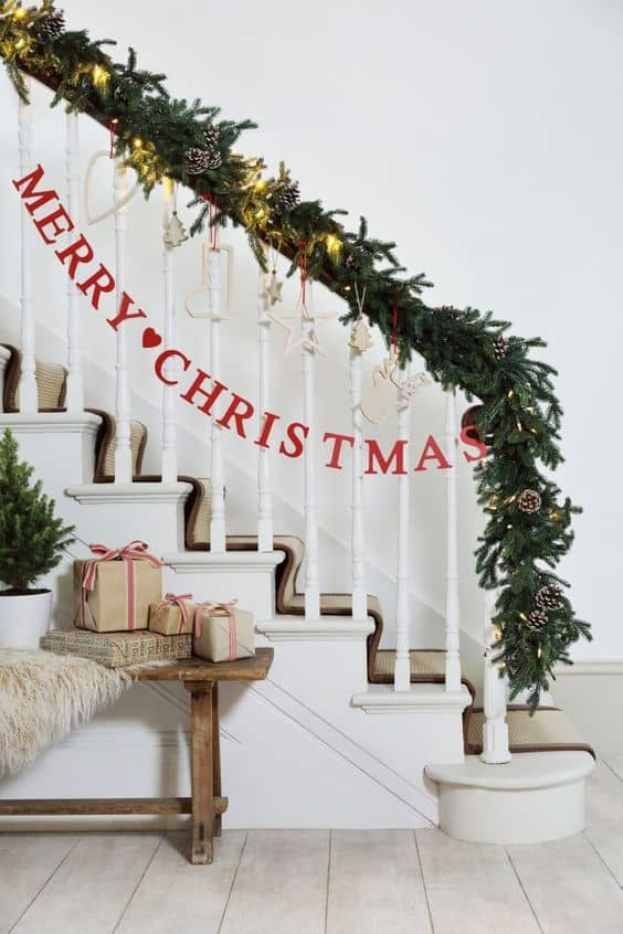 source - How To Decorate Stairs For Christmas