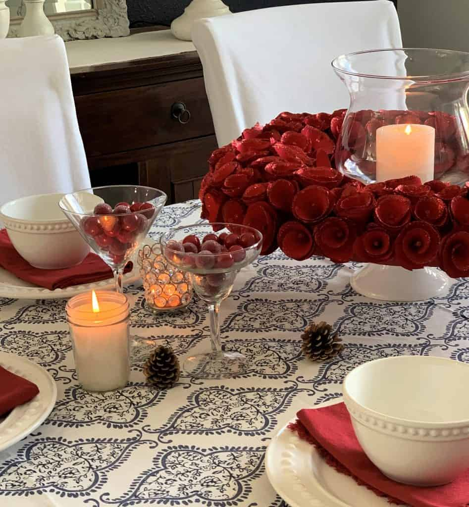 9 Holiday Table Decorating Tricks Using What You Have