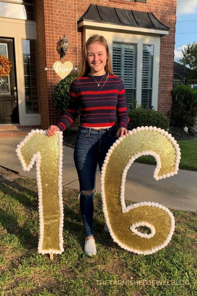 diy gold glitter yard letters: sweet 16 birthday ideas