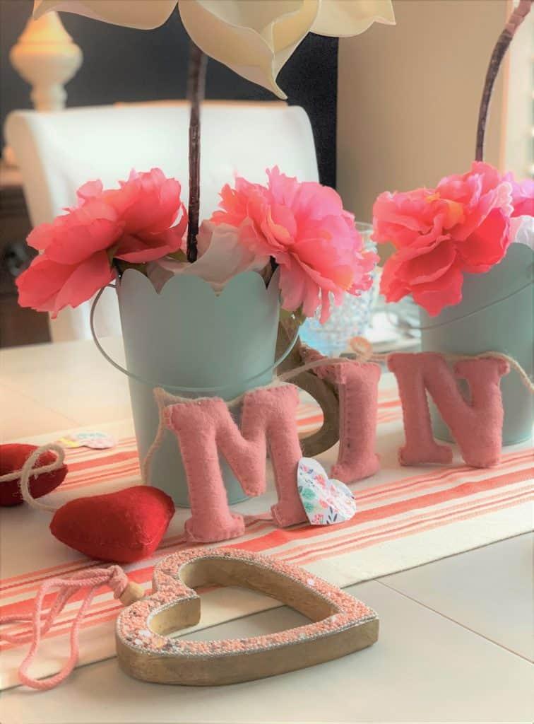 Valentine's Day Table Setting: Coral & Aqua
